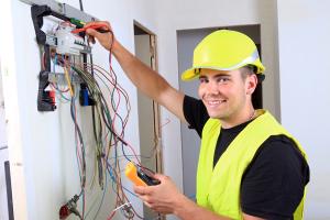 Image Électricien electricien : la formation, les débouchés – la vie étudiante